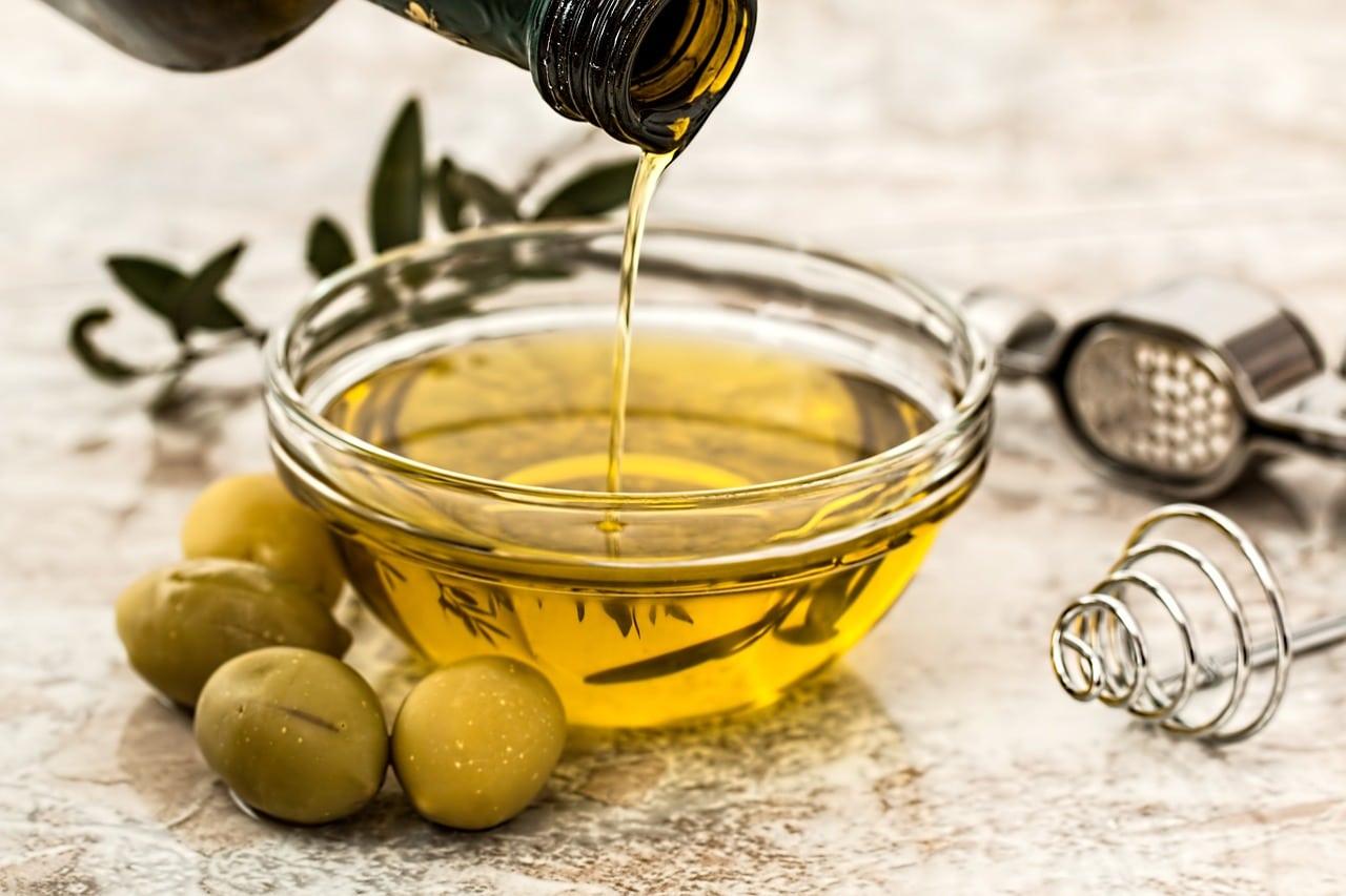 huile olive poux