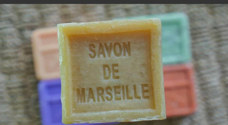 Savon de Marseille (le vrai) : composition, bienfaits et utilisations